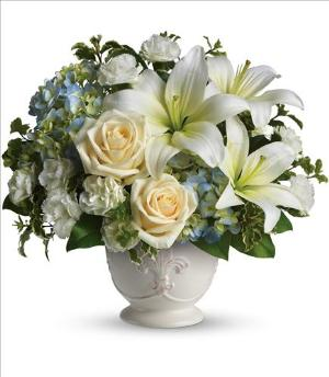 Beautiful Dreams by Teleflora by America's Funeral Florist